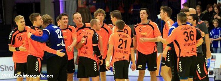 Oranje handballers gelijk tegen Dormagen