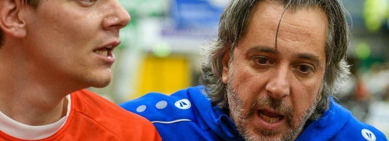 Handballers Hellas roemen aanpak trainer/coach Fernado Nunes