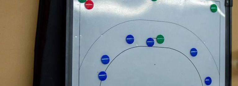 Coaches eredivisieclubs Haagse regio sceptisch over uitspelen seizoen