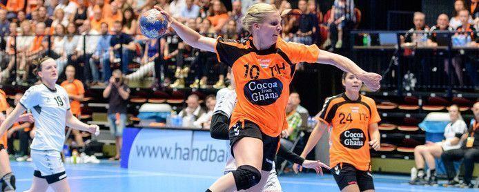 Hectische weken voor Oranje-captain Danick Snelder na plotse transfer